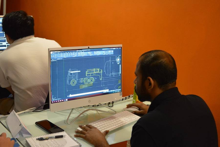 participant-learning-using-autocad