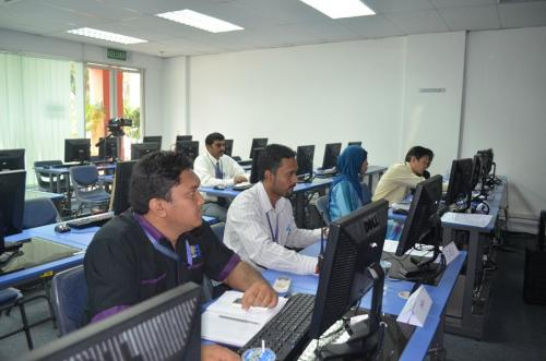 2012-06-29 Moodle LMS Training for Server Administrators-Masterskill University College