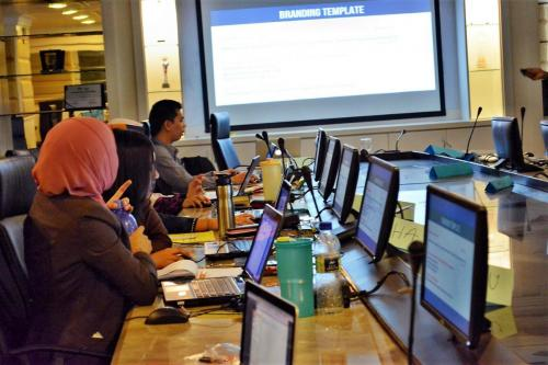 2014-10-16 HTML5, BOOTSTRAP AND CSS LESS FOR JOOMLA TEMPLATING-MINDEF