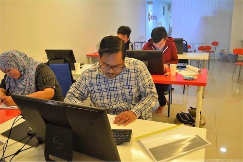 2015-05-21 Kursus Joomla HTML & CSS-MU DOT MY
