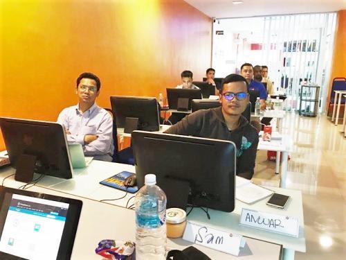 2017-07-17 Mobile App Development Training (iOS & Android) - July 2017-MU DOT MY